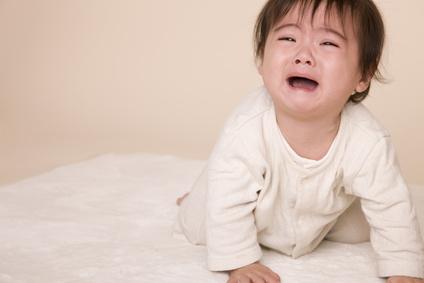 日本は世界で一番夜泣きが多い