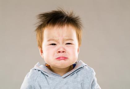 泣いて赤ちゃん