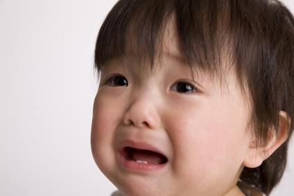 赤ちゃん 夜泣き いつから