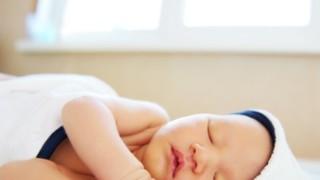 赤ちゃんの体内時計は光に敏感