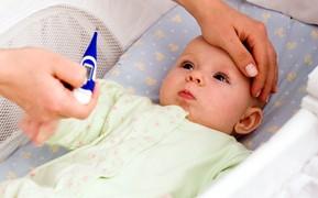 赤ちゃんの体温の特徴と眠りの関係